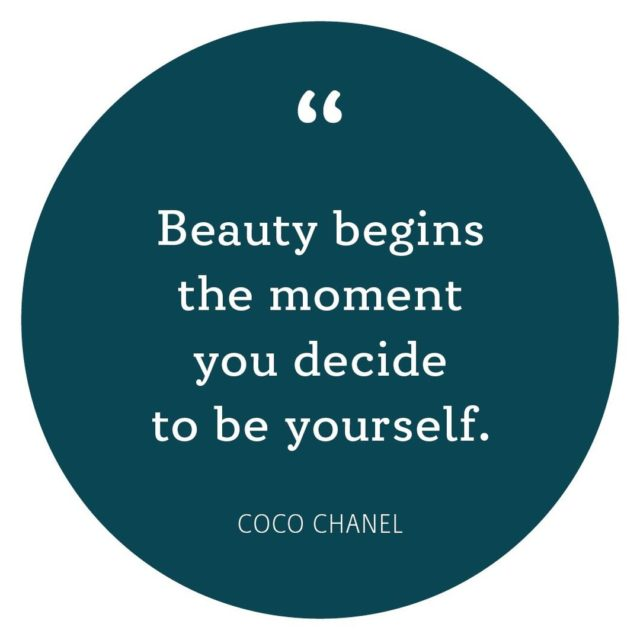 Happy Friday 🌊  Have a beautiful weekend.⁠ •⁠ •⁠ •⁠ #tgif #cocochanel #quote #beauty